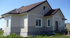 дом из пеноблока и кирпича