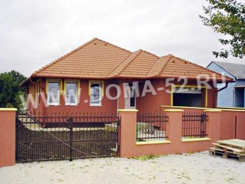 дома одноэтажные из красного кирпича фото